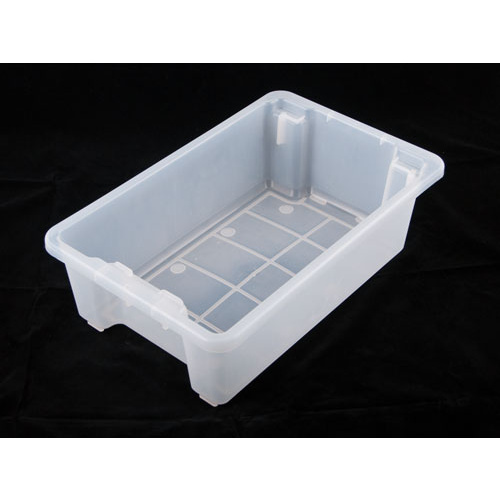 32 Litre Stacka Nesta Dixie AP7 - 645 x 413 x 200mm Solid White (other colours available)